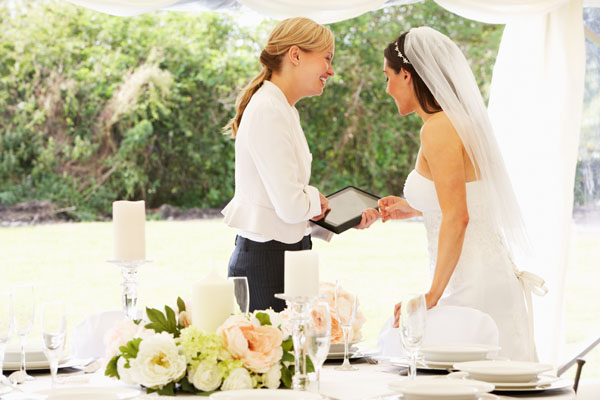 5 Things to Consider When Choosing a Wedding Planner