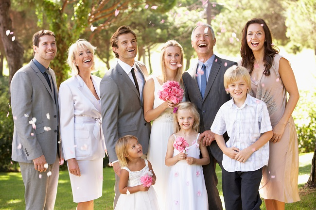 5 Ways to Keep Your Divorced Parents Happy on Your Wedding Day